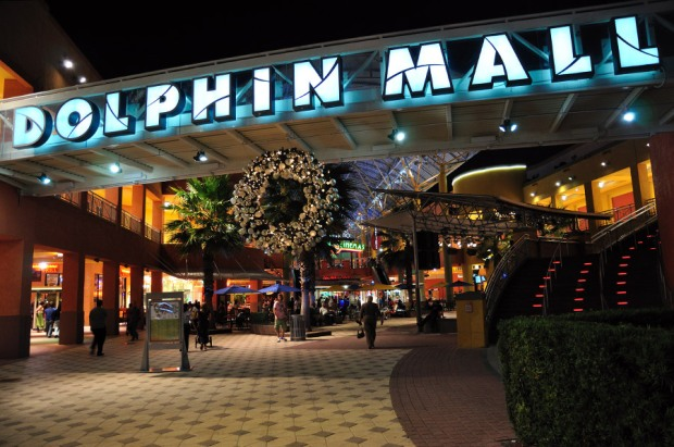 dolphin-mall-miami