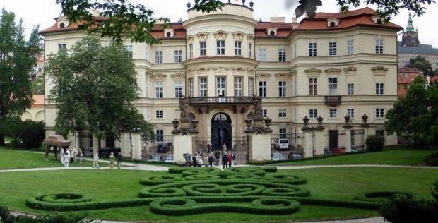 palacio-lobkowicz-praga-003